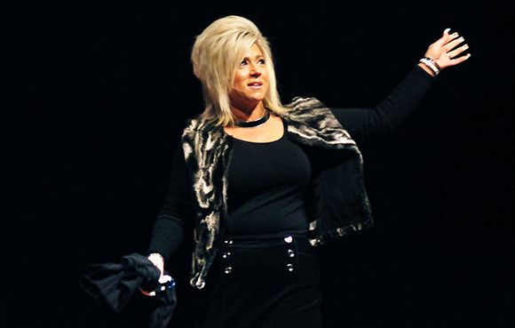 Theresa Caputo at Wells Fargo Arena