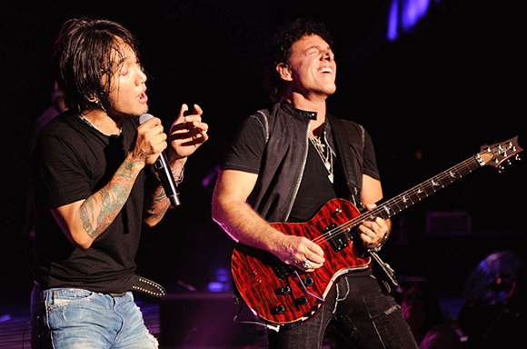 Journey & The Doobie Brothers at Wells Fargo Arena