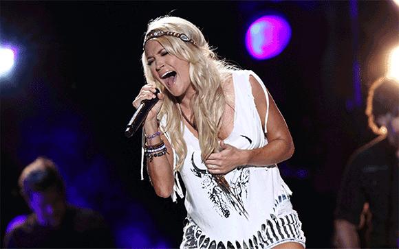 Carrie Underwood at Wells Fargo Arena